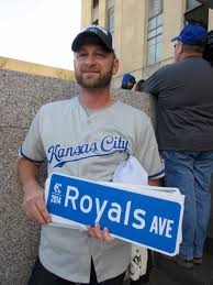 royals_ave